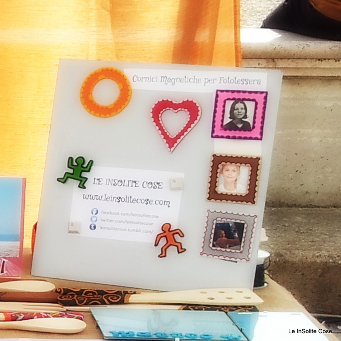 2012 - MAGNETS - Calamite in Fimo - Passport Picture Fridge Frames - Cornici formato fototessera magnetiche - www.leinsolitecose.com - Al mercato