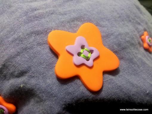 bottoni realizzati a mano con i colori e le forme che preferisci - www.leinsolitecose.com