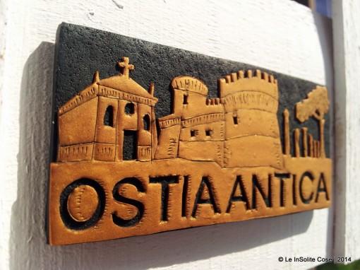 Ostia Antica Magnete Skyline – Oro su Nero – 2014