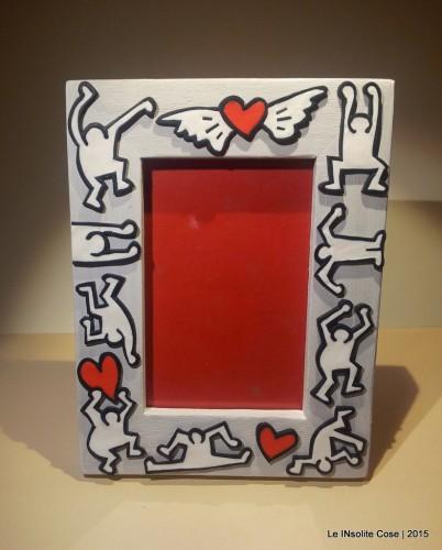 Cornice portafoto personalizzata tributo a Keith Haring – variante in bianco