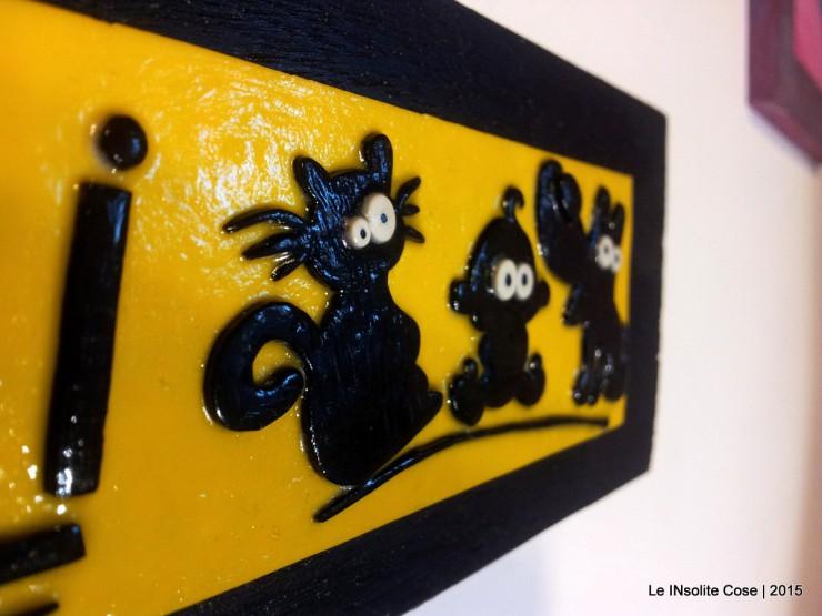 Tavoletta con scritta e disegni personalizzati - Attenti ai cuccioli - Le INsolite Cose 2015 (6)
