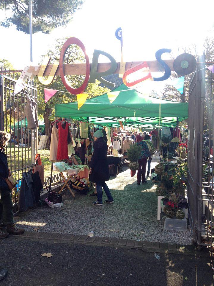 Le INsolite Cose a Fuoriuso nei giardinetti di piazza Sempione 29 marzo 2015 - 1