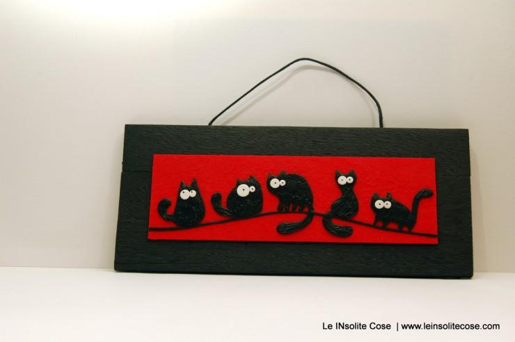 Tavolette gatti neri stilizzati - orizzontale rossa - Giugno 2015 - Le INsolite Cose (1)