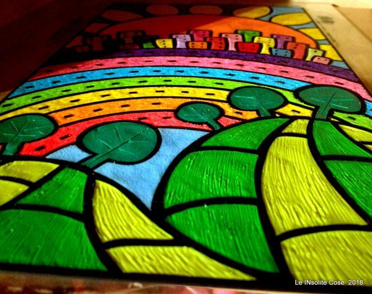 Arcobaleno percorribile senza divieto di sosta - un quadro in pasta polimerica su legno.  Le INsolite Cose.