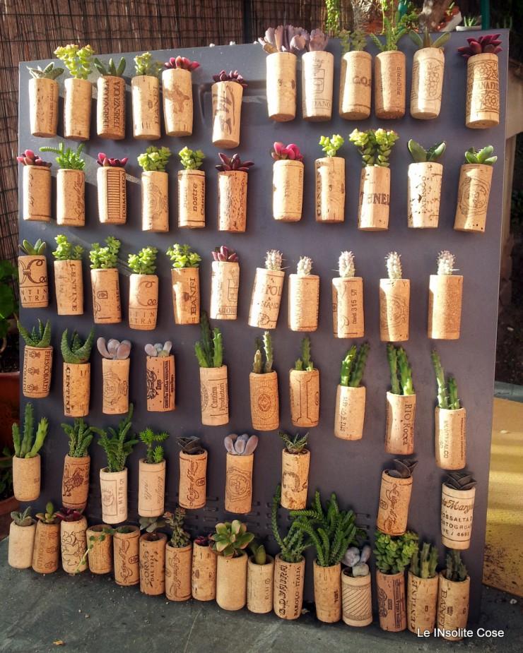 Tappi di sughero con piante grasse in cestini di carta fai for Foto calamita fai da te