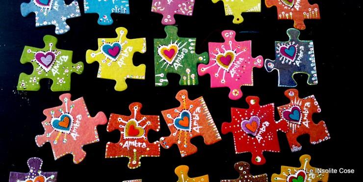 Calamite puzzle personalizzate con nome e decorazione a cuore. Bomboniere per un battesimo e primo compleanno. Magnete artigianale originale e personalizzabile.