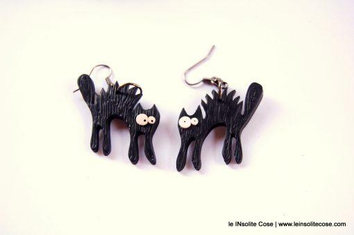 Orecchini Gatto Nero Stilizzato – Arruffato
