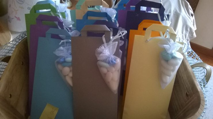 confezioni-fai-da-te-per-bomboniere-comunione-le-insolite-cose-www-leinsolitecose-com-1