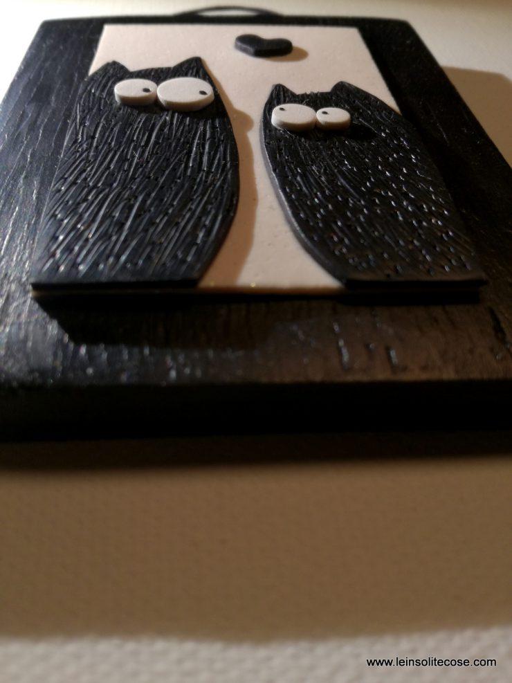 Tavolette Gatto Nero Innamorato Stilizzato