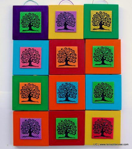 Tavolette quadrate Albero della Vita colorate. Idea per bomboniere