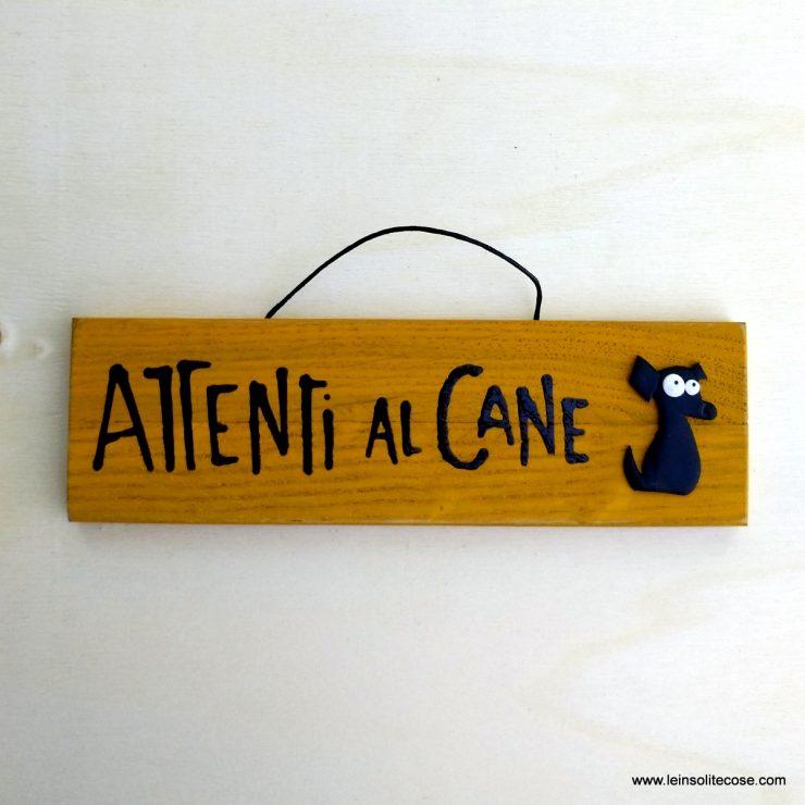 Tavolette Attenti al Cane in legno e pasta polimerica